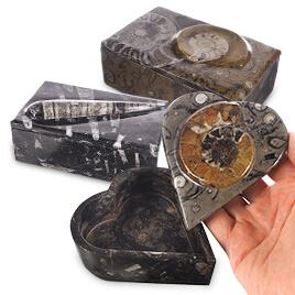 Szkatułki, pudełka z kamienia na biżuterię